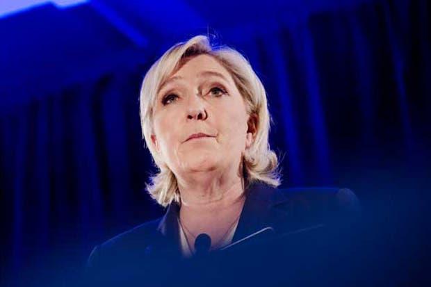 Le Pen dice que no obligará a Francia a salir del euro
