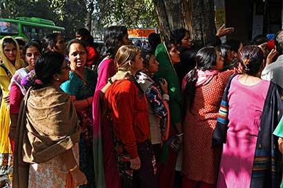 El problema del progreso de la India: menos mujeres van a trabajar
