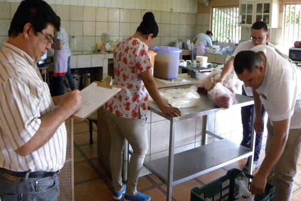 CNP inspecciona calidad de productos del PAI