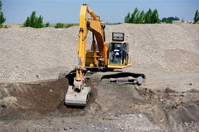 Expertos analizan situación minera del país
