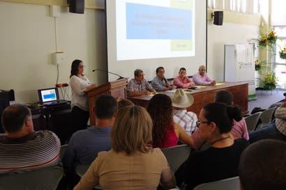 Senasa y productores de Turrialba se unen para mejorar prácticas pecuarias