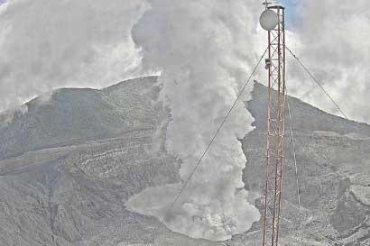Continúa restricción al cráter y áreas del Parque Nacional Volcán Poás