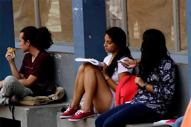 Convenio entre UCR y MEP busca reforzar la educación secundaria