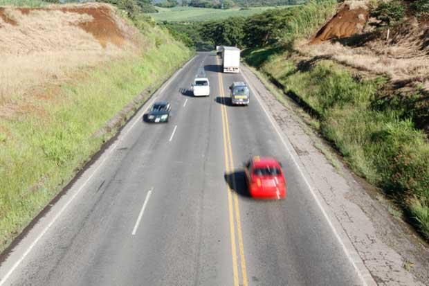 Grupo Consenso llama la atención por atraso en vía a San Ramón
