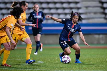 Shirley Cruz nominada como mejor jugadora de la liga francesa