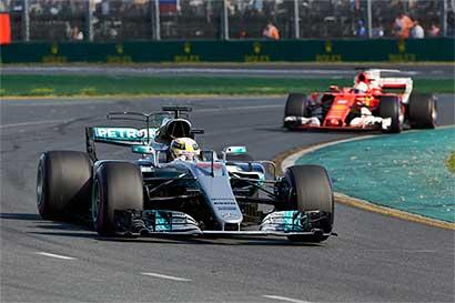 Ferrari amenaza imperio de Mercedes