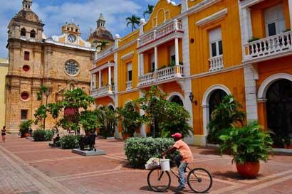 Ticos podrán volar a Cartagena con escala en Panamá