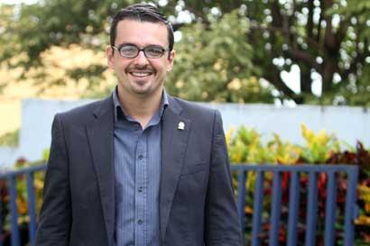 José María Villalta anunció su precandidatura como diputado