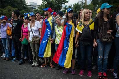 Costa Rica en contra de retiro de Venezuela de la OEA