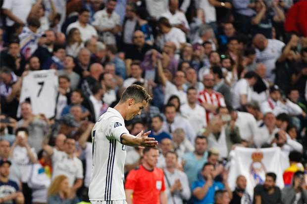 Triplete de Cristiano socava los cimientos del Atlético de Madrid