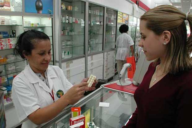 Decisión sobre compra de farmacias La Bomba se conocerá este mes