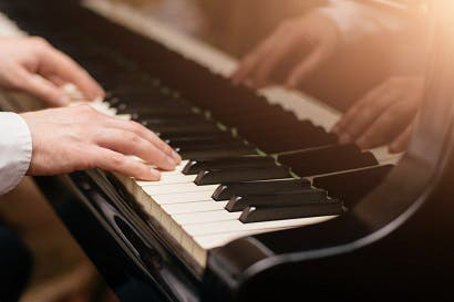 Museo de Arte presentará libro para la enseñanza de piano con una sola mano