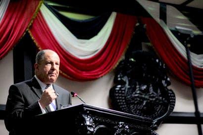 """Solís defiende su """"primavera"""" política y minimiza escándalos"""