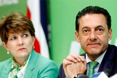 Desanti acepta invitación de Figueres para unir a Liberación