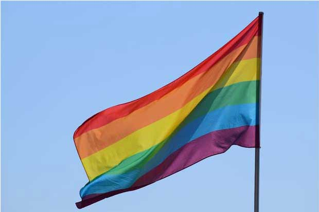 Madrid fabricará bandera arcoiris gigante por Orgullo Gay mundial