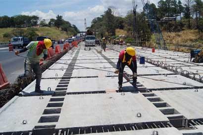 Obras en puente Alfredo González estarían listas la tercera semana de mayo