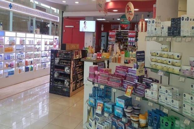 Cinco farmacias Fischel obtienen Bandera Azul