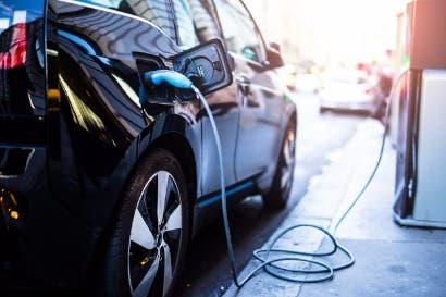 Habilitarán segunda estación de recarga para vehículos eléctricos