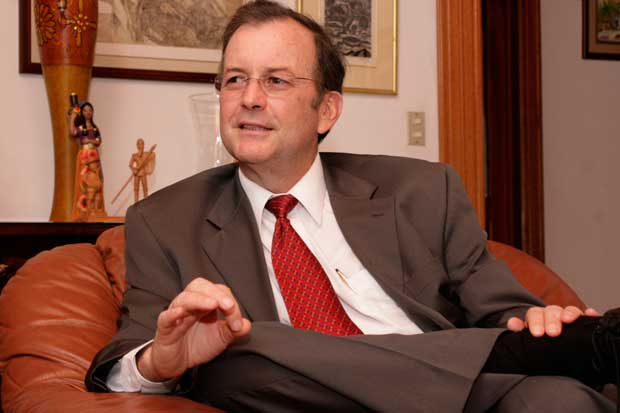 Cierre de Bancrédito será inevitable, según Ottón