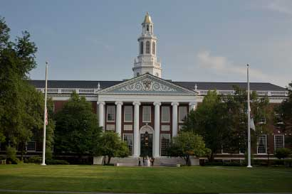Harvard buscaría la venta de $2.500 millones en activos