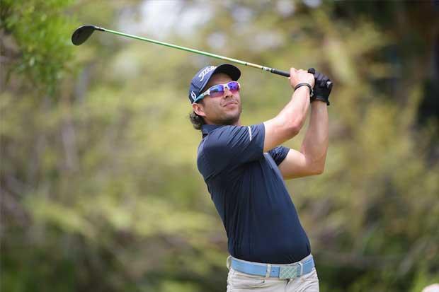 Un guatemalteco hace historia en los campos de golf de Costa Rica