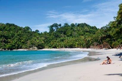 SINAC realizara mejoras para acceso de visitantes a Manuel Antonio
