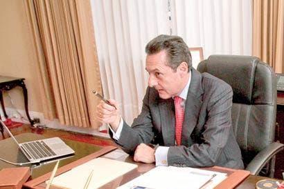 Cancelada reunión entre Álvarez y Figueres por denuncia de fraude