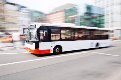 Bus de hidrógeno empezará a operar en junio