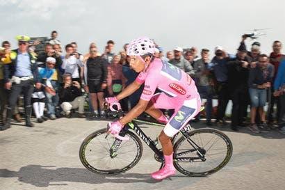Escaladores definirán el Giro a lo último