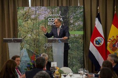 Solís negoció oportunidades comerciales con empresarios españoles