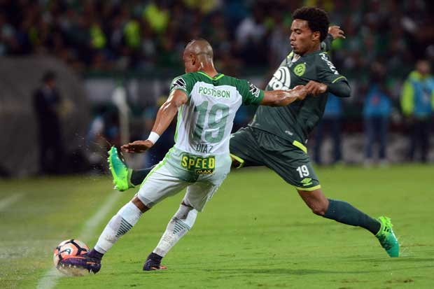 Nacional vence al Chapecoense y gana la Recopa en simbólico encuentro