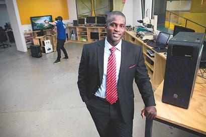 Empresas de tecnología apoyan a emprendedores