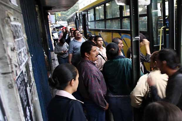 Prestadores de transporte adeudan ¢166 millones a la Caja