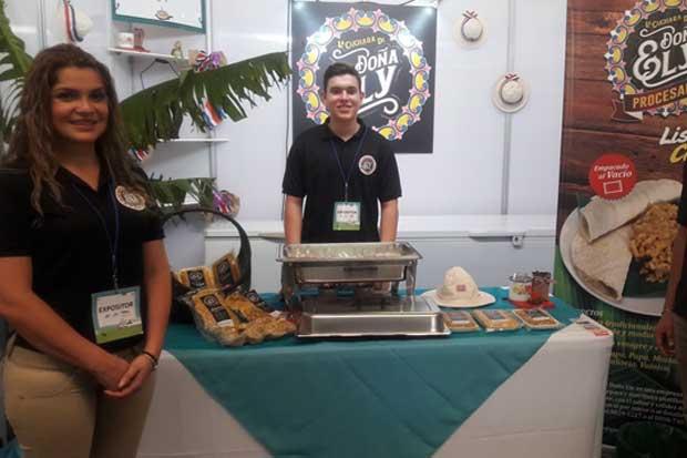 150 empresarios nacionales exponen sus productos en la Antigua Aduana