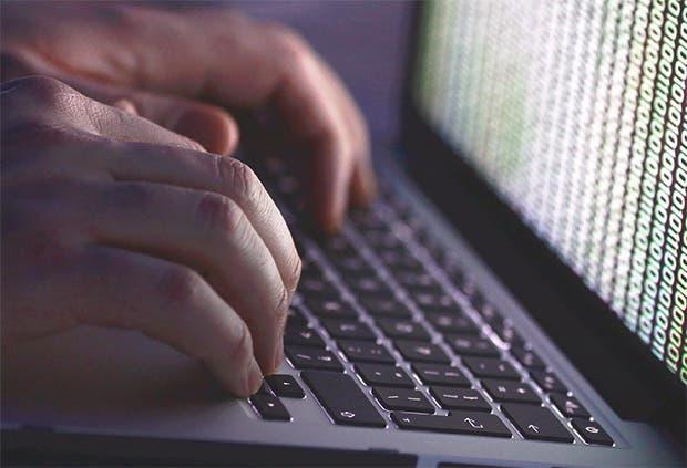 Gobiernos y empresas comienzan a imponerse a ciberataque mundial