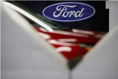 Ford reduciría cerca del 10% de su fuerza laboral global