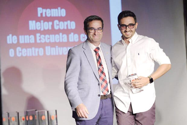 Estudiantes costarricenses ganan premio internacional