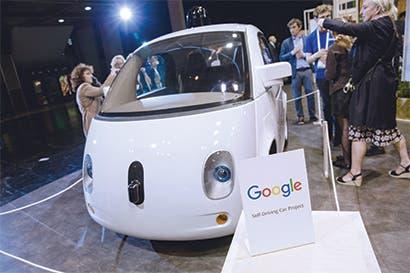 Waymo debe lograr que pasajeros confíen en autos autónomos