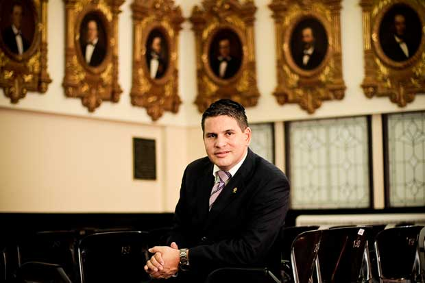 Fabricio Alvarado propone que diputados no aprueben proyectos comunales