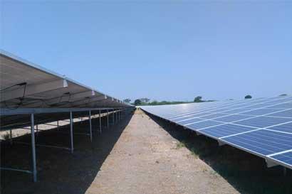 San Carlos y Zarcero tendrán parques solares