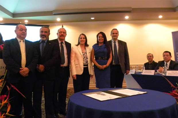 Gobierno fortalece Centros de Valor Agregado Agropecuario