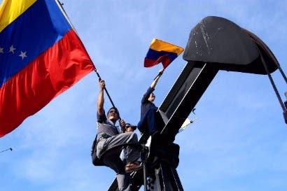 Crisis  en Venezuela beneficia OPEP por caída de  oferta petrolera