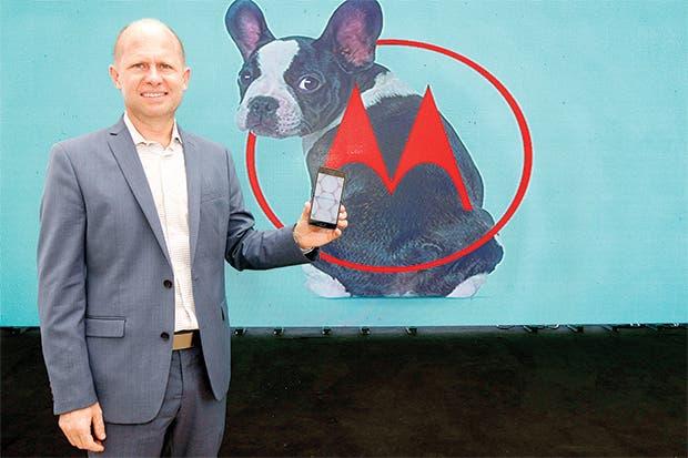 Motorola vuelve al mercado luego de dos años de ausencia