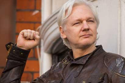Assange habla de importante victoria pero denuncia injusticias