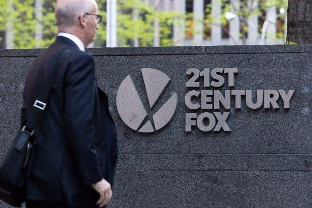 Fox News despidió  a presentador por  comentario racista