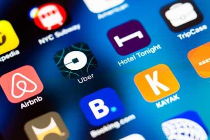Uber y Airbnb: cambios en normativas en proceso