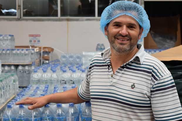 Agua costarricense llega a Estados Unidos