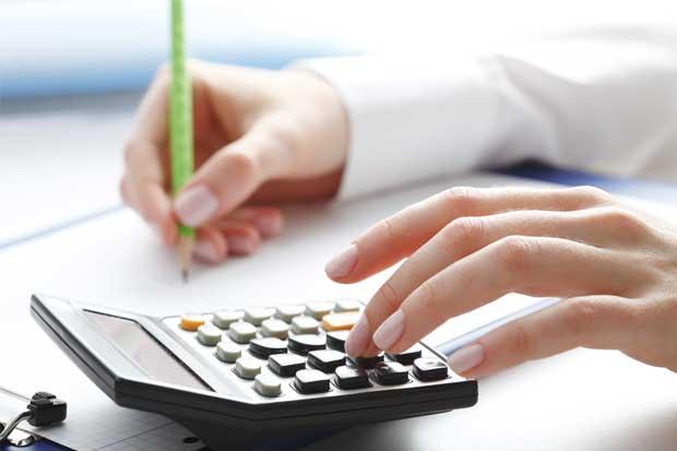 Cifras fiscales estables en abril