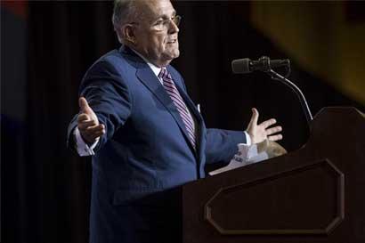 Exalcalde Giuliani se retracta de haber elaborado el veto a musulmanes