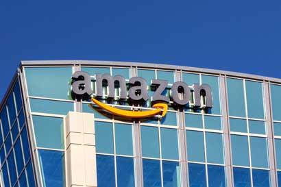Amazon abre quioscos de recolección para rivalizar con Walmart